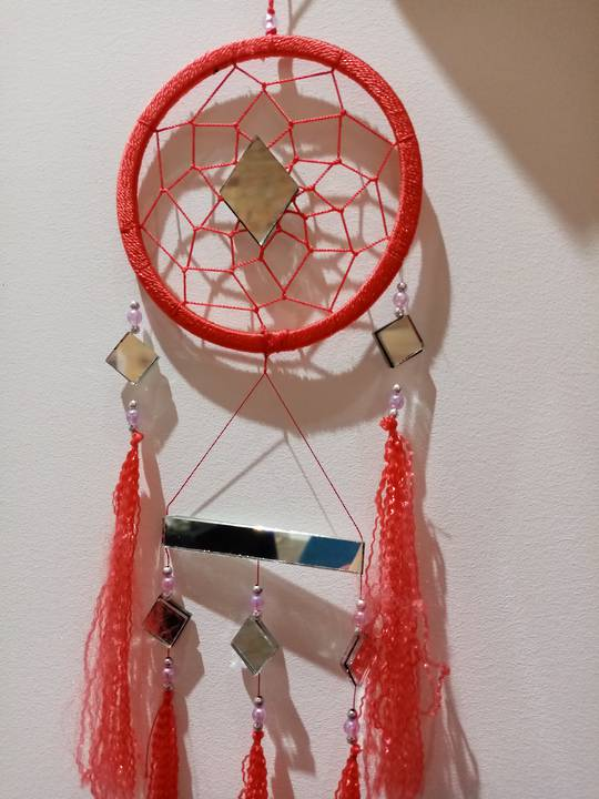 Dream catcher (red)